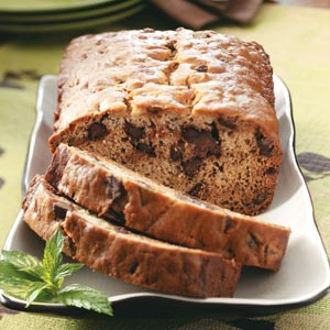 banana bread chocolate chip - photo by 'Taste of Home'