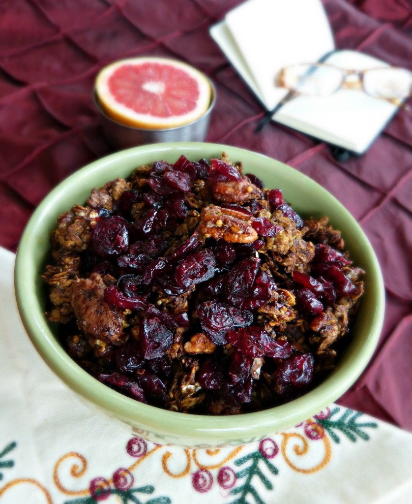 jennifer fisher thefitfork gingerbread granola