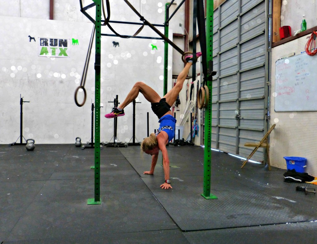 jennifer handstand rings