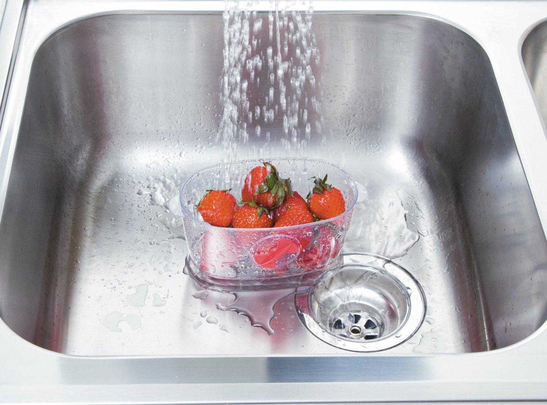 rinse strawberries