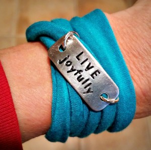 live joyfully bracelet