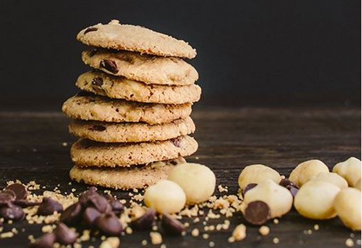 chocolate macadamia nut cookie ginny bakes