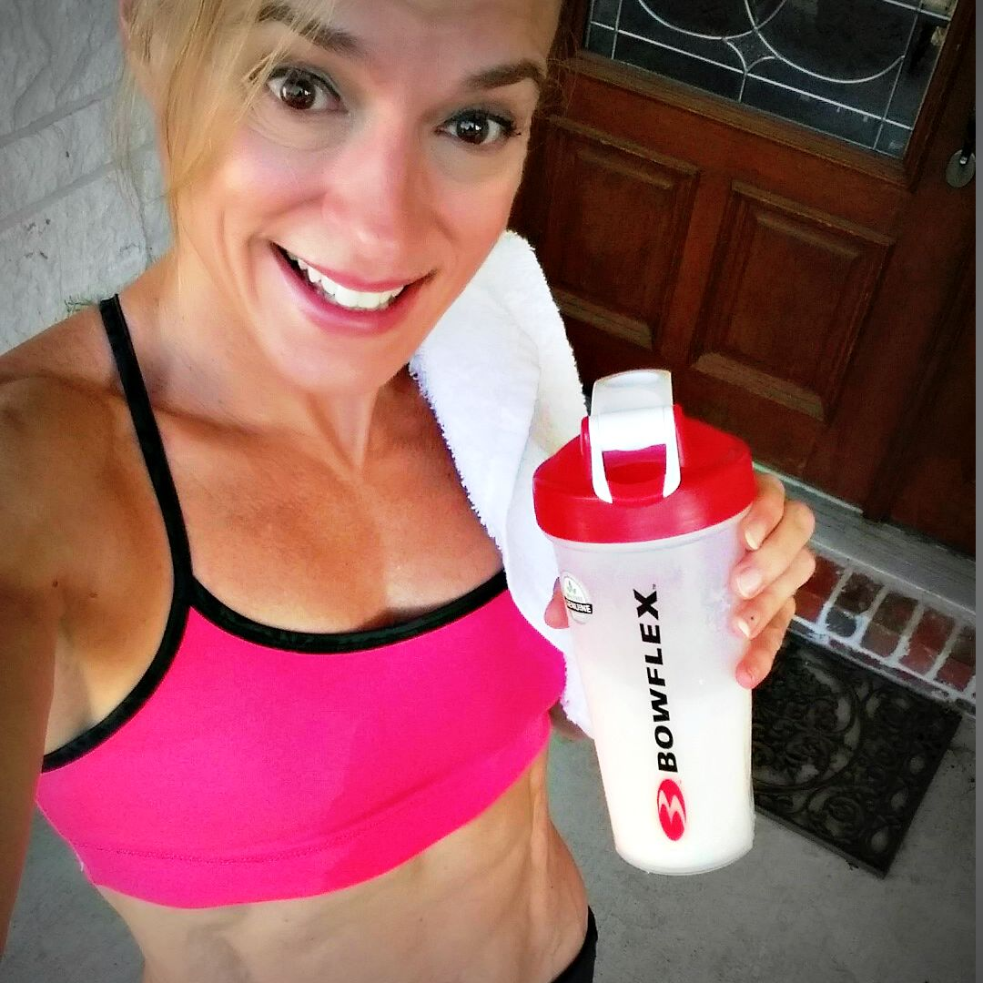 BowFlex Body Fitness Shakes after a run with Jennifer of TheFitFork.com