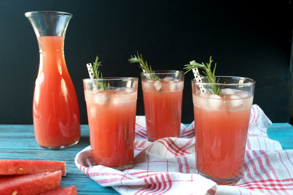 Endless Happy Watermelon Days #LivingOnTheWedge + Recipes & Giveaway ...