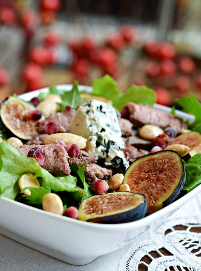 Fig & Blue Cheese Salad with Pomegranate Vinaigrette