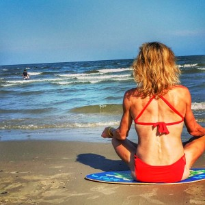 jennifer fisher yoga beach