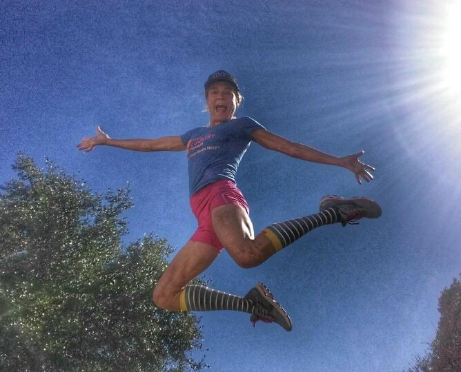 jen-jumping-mizuo