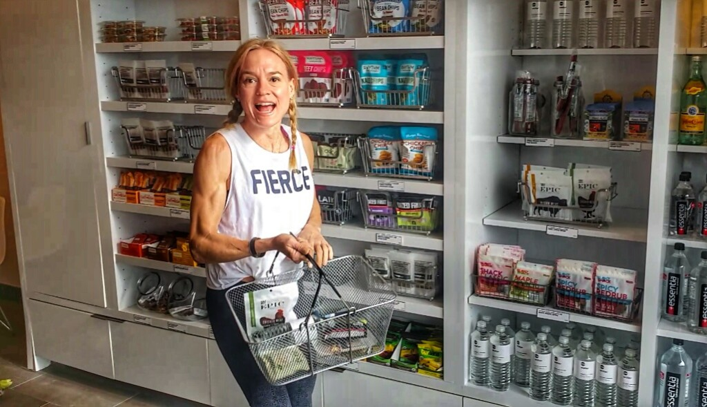Shopping for healthy meals and snacks at Snap Kitchen -- with Jennifer of The FIt Fork