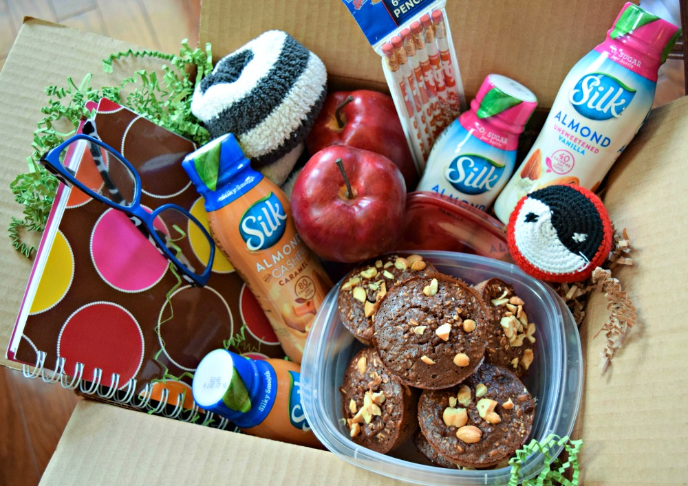 Care Box with Silk Milk and Chocolate Cashew Baked Oat Cups