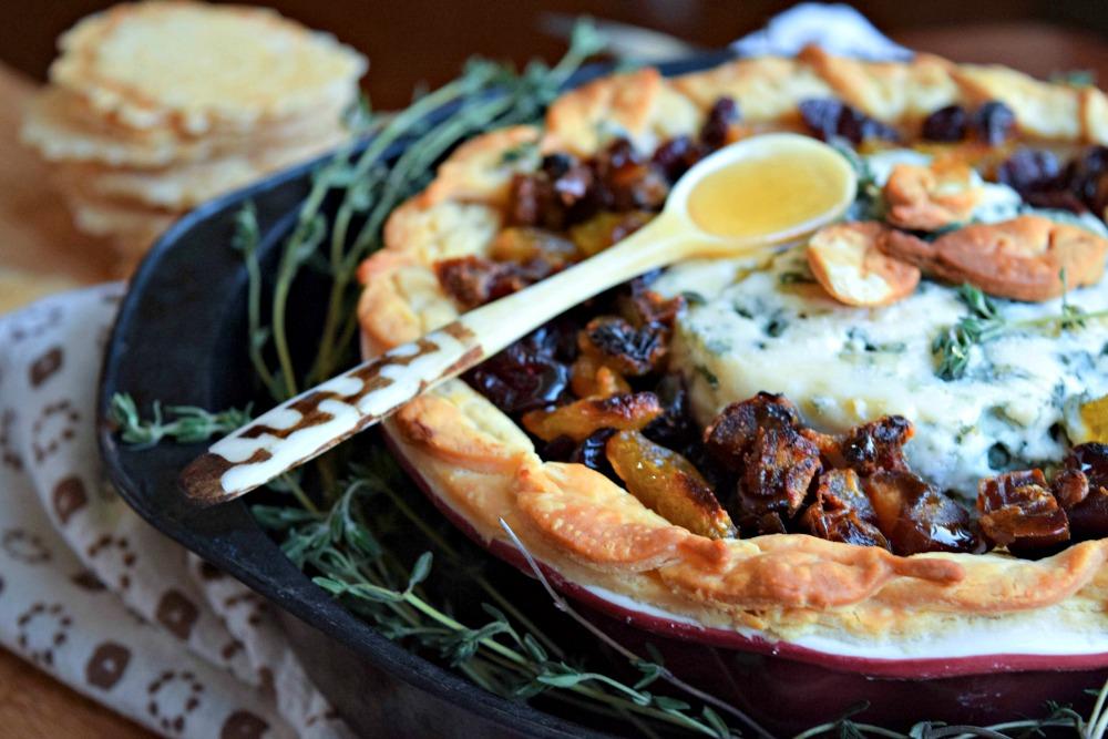 Gorgonzola and Dried Fruit Pie