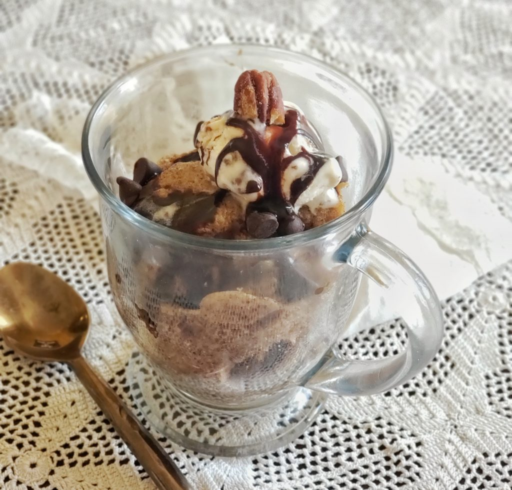 Nut Butter Mug Cake with Topping